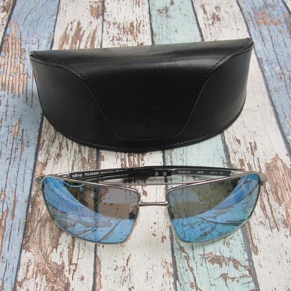 e0869da5a4 Revo CAYO RE 5001X 03 Men s Sunglasses OLG760. M 5c005e4e2beb7952e20e4df1